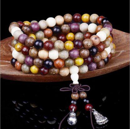 Bracelet bouddha tibétain Mala 108 perles en bois de santal