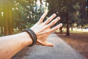 bracelet-pierre-protection